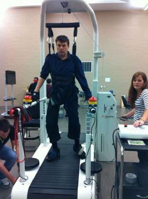 MacWheelers-suspended-weight-belt-walk